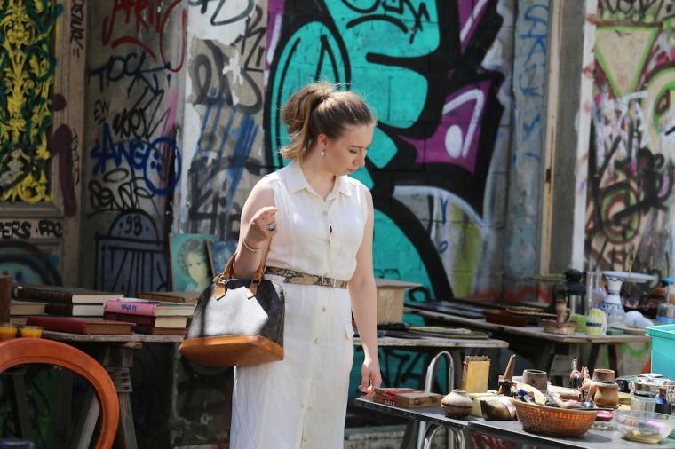 paris-flea-market-guide-tips-marche-aux-puces-saint-ouen-favorite-spots-shops-vintage-designer-jewelry-clothes-vernaison-dauphine-sustainable-haute-couture (15)