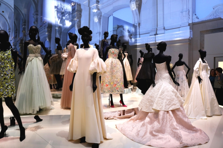 Christian-Dior-Couturier-du-reve-exhibition-Designer-of-dreams-Musee-des-arts-decoratifs-Paris-with-John-Galliano-Maria-Grazia-Chiuri-calendar-best-fashion-exhibitions-of-201 (14)