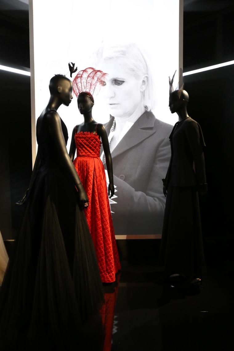 Christian-Dior-Couturier-du-reve-exhibition-Designer-of-dreams-Musee-des-arts-decoratifs-Paris-with-John-Galliano-Maria-Grazia-Chiuri-calendar-best-fashion-exhibitions-of-201 (20)