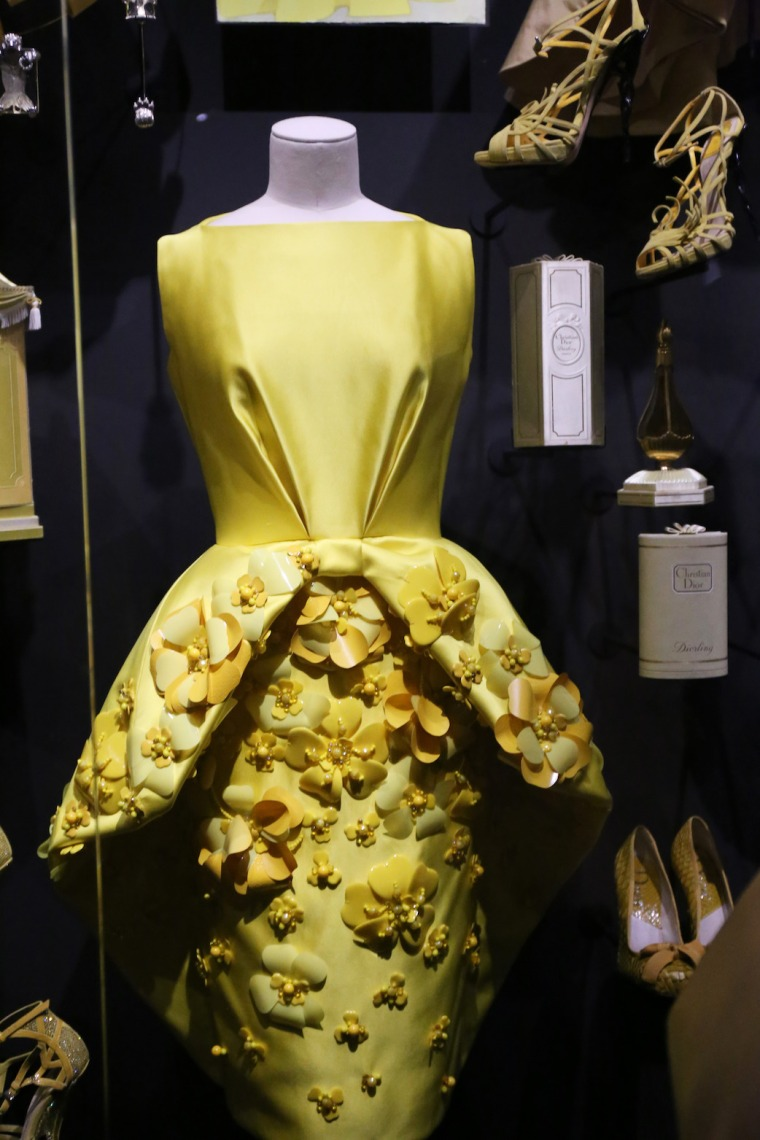 Christian-Dior-Couturier-du-reve-exhibition-Designer-of-dreams-Musee-des-arts-decoratifs-Paris-with-John-Galliano-Maria-Grazia-Chiuri-calendar-best-fashion-exhibitions-of-201 (25)